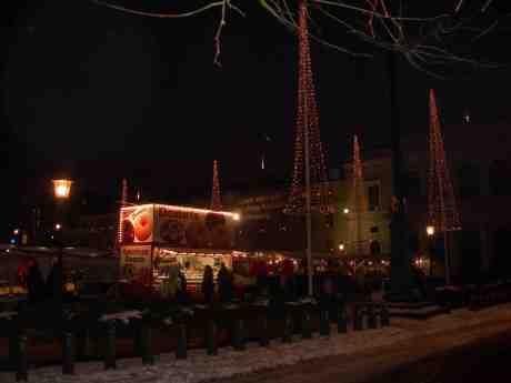 Kärleken till Donuts. Gustaf Adolfs Torg lördag 15 december 2012 kl 16.10.