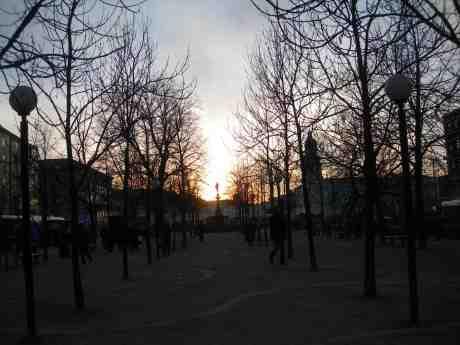 Johanna i Brunnsparken. Tisdag 26 februari 2013 kl 17.21.