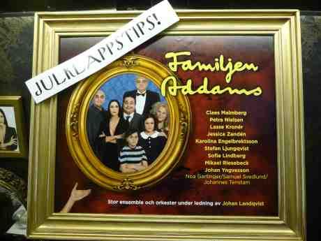 Petra Nielsen i Familjen Addams på Lorensbergsteatern. Nordstan 15 november 2013 kl 17:40.