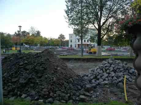 Vackra Vägen väcktes till liv efter sin Törnrosasömn endast för att skändas och dödas. Södra Vägen onsdag 18 september 2013 kl 18:11.