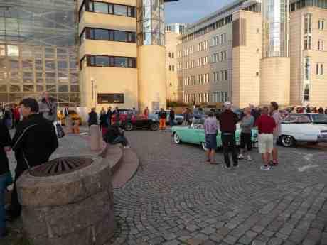 Sista bilträffen för säsongen vid  Viking och Lilla Bommen i regi av GMHK, Göteborgs Motorhistoriska Klubb. Onsdag 9 september 2013 kl 18:51.