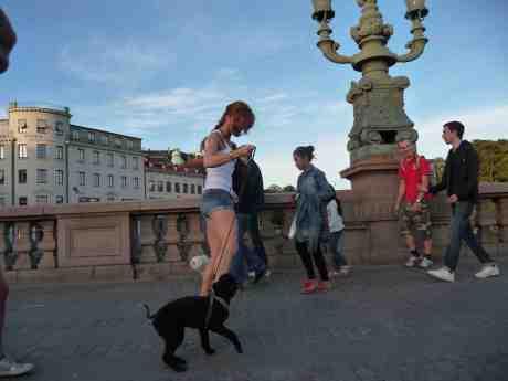 """""""Kom nu! Hon är inget för dej den där blonda!"""" Kungsportsbron lördag 7 september 2013 kl 18:51."""