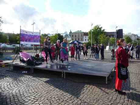 World Dance Company vid Stora Teatern på Göteborgskalasets första dag. Tisdag 13 augusti 201 3kl 17:43.