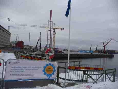 Stenpiren blir resecentrum. Kommer båtarna till Södra skärgården tillbaka från Saltholmen då? Miljövänliga? Elektriska? Onsdag 22 januari 2013 kl 14:54.