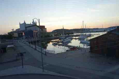 Sommarsäsongen slut för Göteborgs gästhamn vid Lilla Bommen. Bara ett halvdussin båtar kvar, mot det tiodubbla härom veckan. Tisdag 2 september 2014 kl20:06.