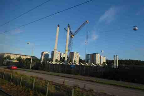 Nya Rambergsvallen byggs. Gamla Ullevi revs och byggdes upp igen. Samtidigt som Nya Ullevi står tomt. Från 5:ans spårvagn onsdag 17 september 2014 kl 18:10.